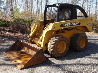 2000 John Deere 260 Skid Steer,  72 Hp,  8,  250 Lbs,  Aux Hyd,  14x17.  5 Tires photo