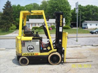 1998 Hyster 5000 Lb.  Electric Forklift 534 photo