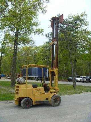 Yale Forklift photo