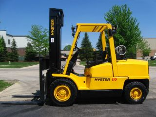 2006 Hyster 11000 Lb Capacity Forklift Lift Truck Pneumatic Tires photo