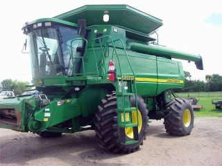 2005 John Deere Jd 9760 Sts Combine Tractor photo