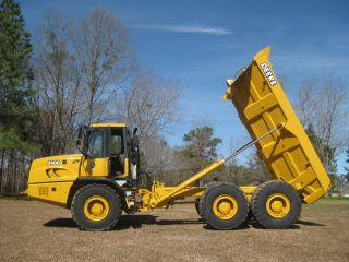 2005 Deere 250d Off Highway Truck - Watch The Video photo