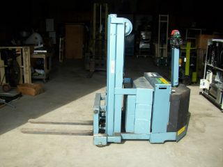 Ruger Ero - 1887 Walkie Stacker 2000 Lb Forklift Lift Electric photo