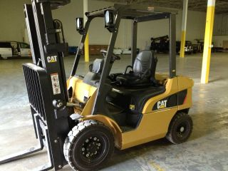 2010 Cat P5000 Diesel Forklift W/ 44hrs photo