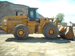 1998 Case 921b Wheel Loader photo