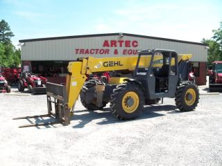 2005 Gehl Rs8 - 44 Telescopic Forklift - Loader Lift Tractor - Tires photo