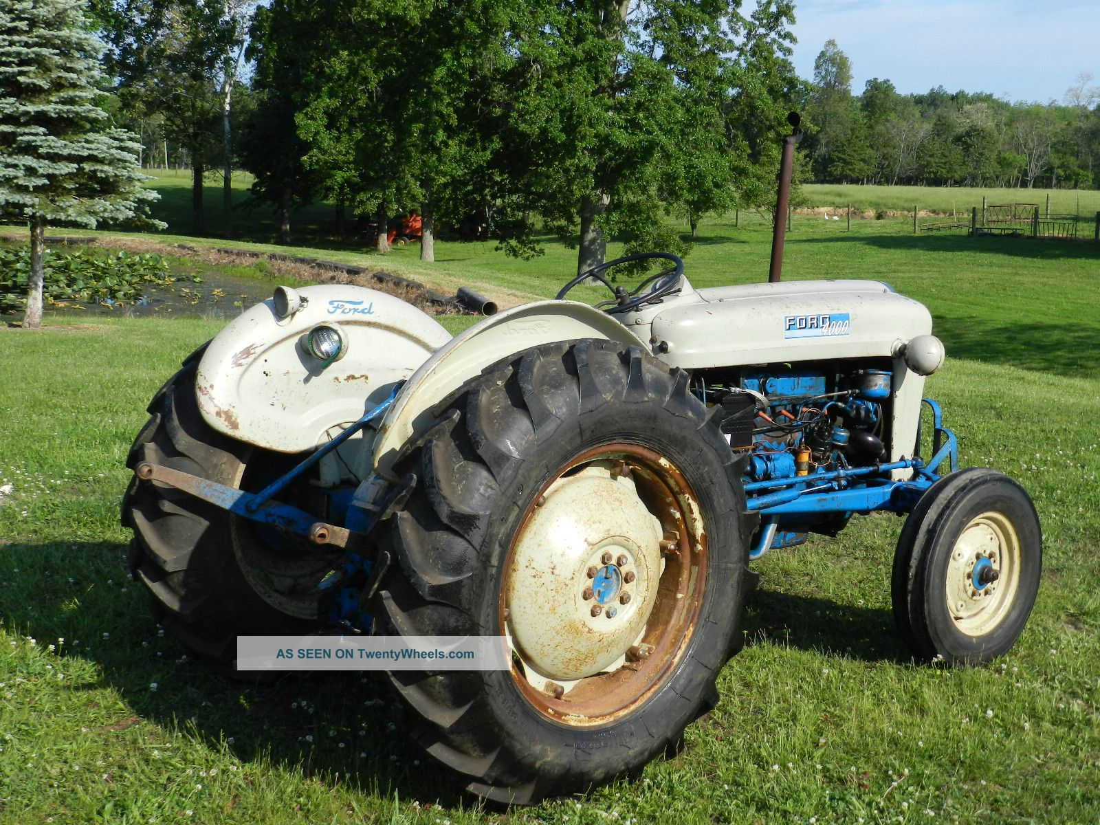1963 Ford Tractor Model 2000 : Ford light industrial