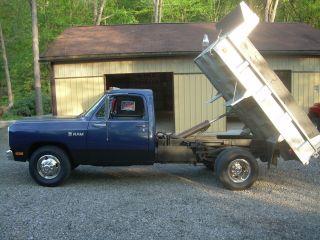 1985 Dodge D - 350 photo