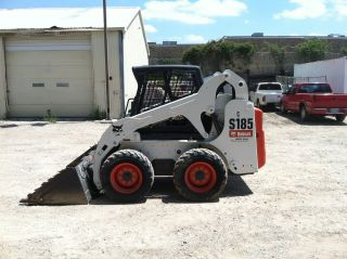 2010 Bobcat S185 Skidsteer; One Owner,  Low - Hours ; 508 Hrs photo