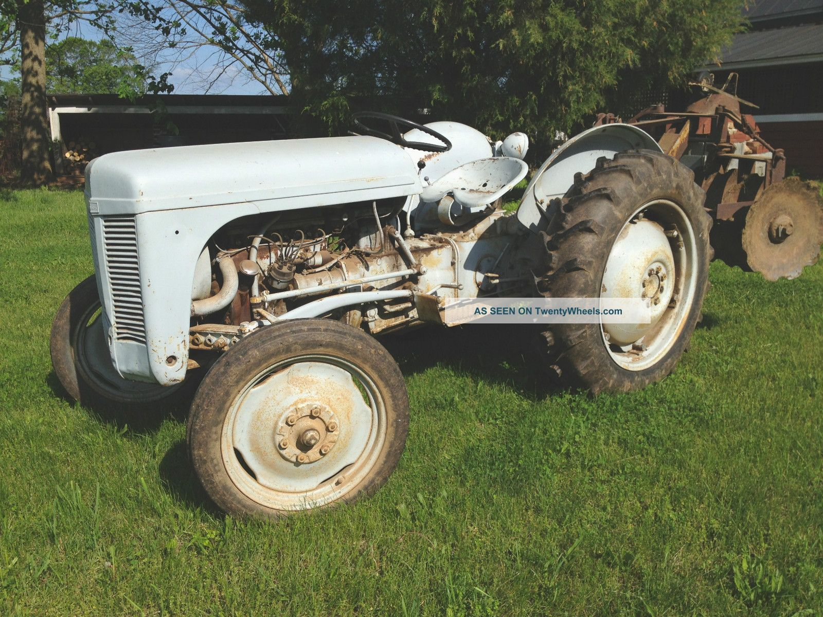 1952 Ferguson Tractor : Harry ferguson to tractor hp cyl