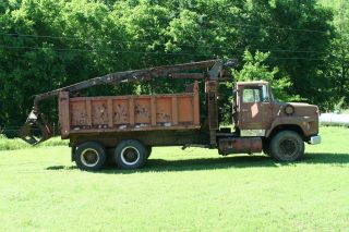 1982 Ford F 9000 photo