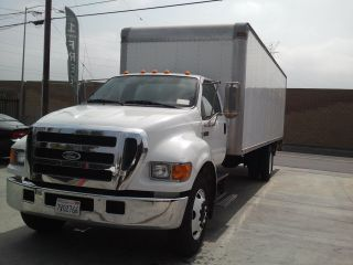 2005 Ford F - 650 photo