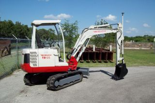 Takeuchi Tb125 Mini Excavator,  08,  Digs 9 ' 5