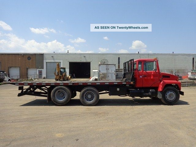 Mack Cs300p Heavy Duty Rollback Tow Truck Flatbeds & Rollbacks photo 4