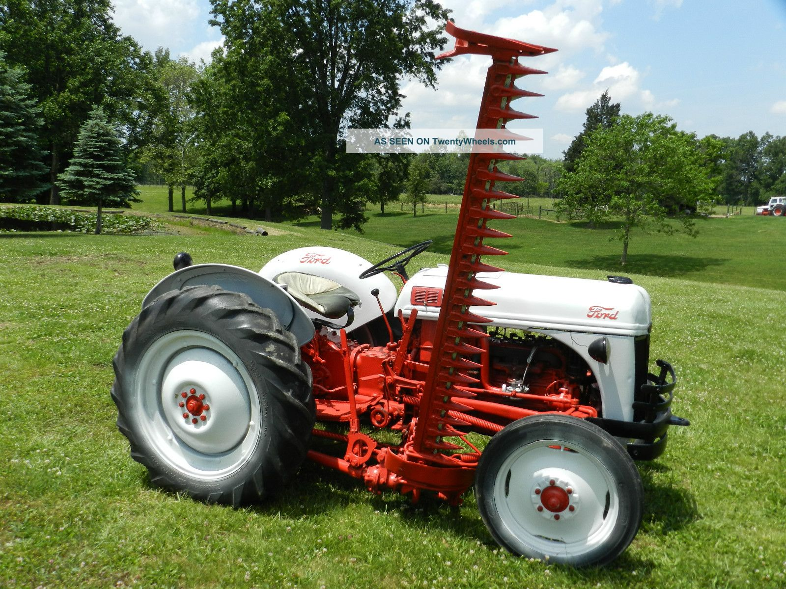 1952 ford 8n tractor 6 foot side sickle bar mower for Sickle mower for garden tractor