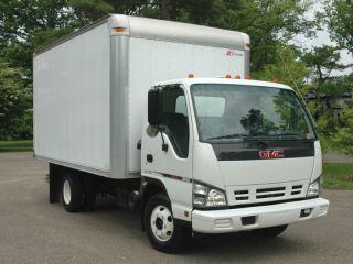 2007 Gmc W3500 (isuzu Npr) 14ft Box Truck photo