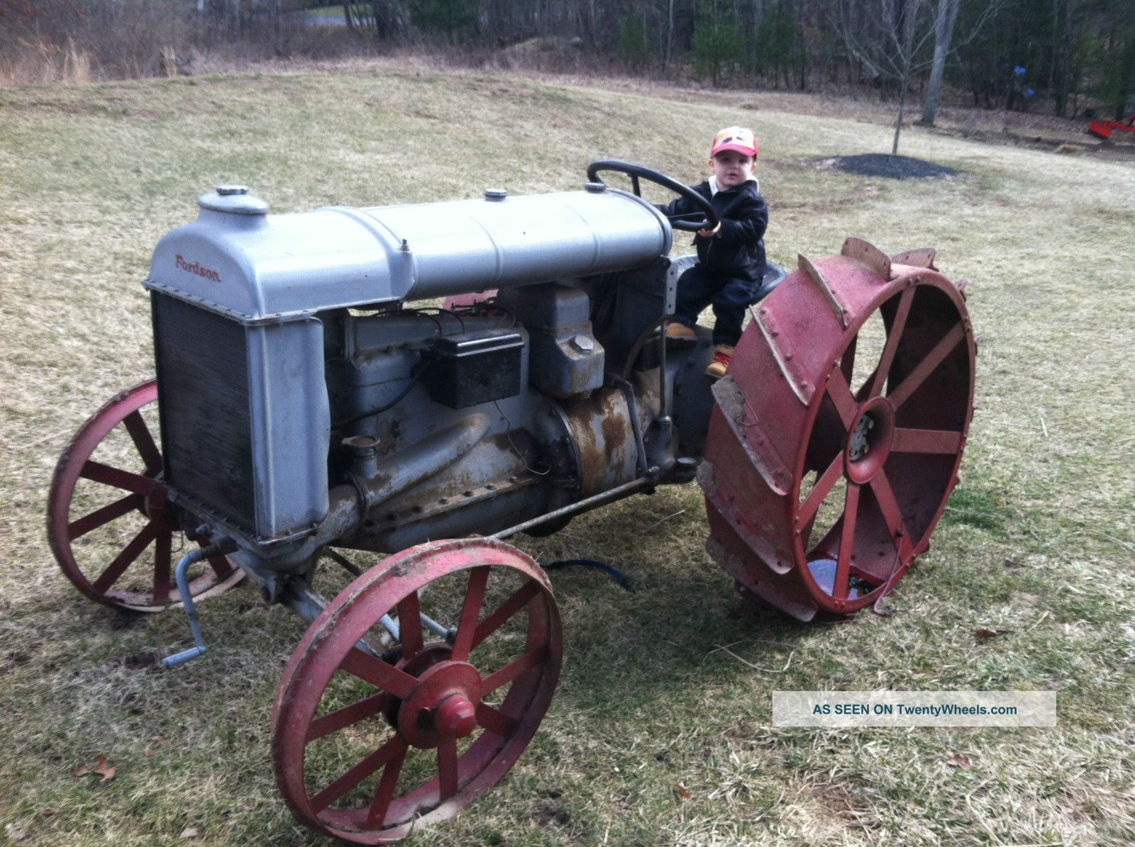 forson tractor with 7313 Fordson Tractor on Fordson Power Major Tractor 2 in addition Repuesto Caja Burman Tractor Antiguo 12354 further Britains Ford furthermore Snow Machine further Super Major Brake Actuator 20275 P.