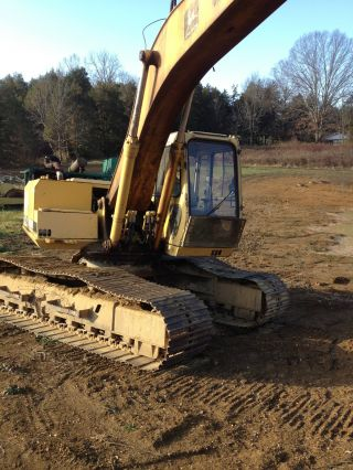 John Deere 690e Hydraulic Excavator photo