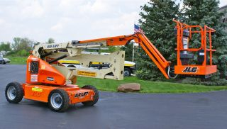 97452 2006 Jlg E450aj Electric Articulating Genie Boom Knuckle Manlift photo