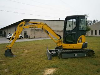 2010 Komatsu Pc35 - Mr - 3 Excavator With Enclosed Cab,  Heat/ac,  Radio,  950 Hours photo