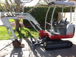 2006 Takeuchi Tb 016 Mini Excavator In Great Shape photo