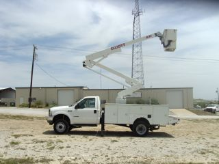 2002 Ford F550 2wd photo