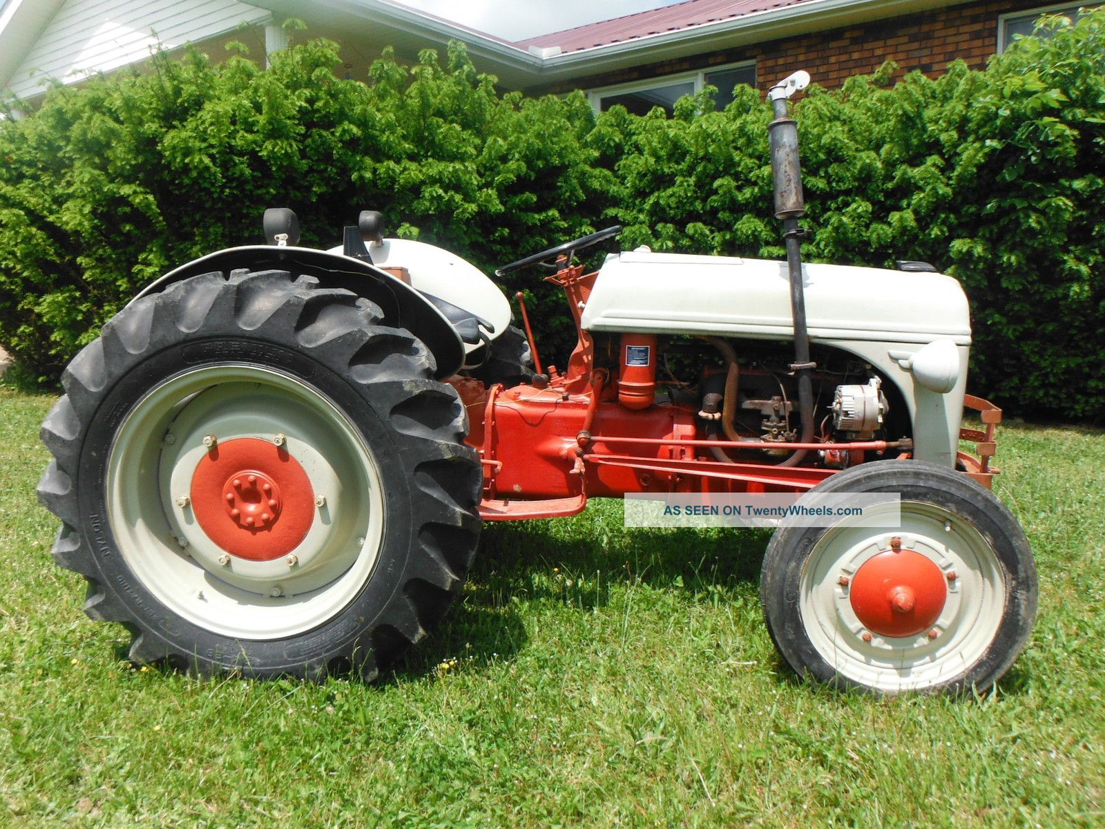 Ford Tractor Identification : Vintage ford tractor identification