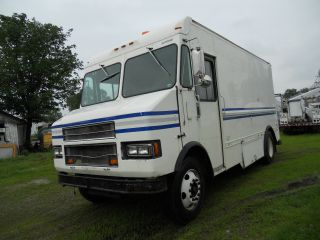 2001 Freightliner Stepvan Financing Available photo