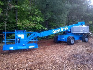 Genie S - 65 Boom Lift,  Factory Reconditioned In 2007 photo