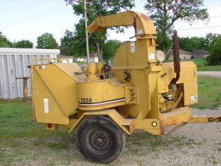 Vermeer Chipper Perkins Diesel Only 657 Hours Model 1250bc photo