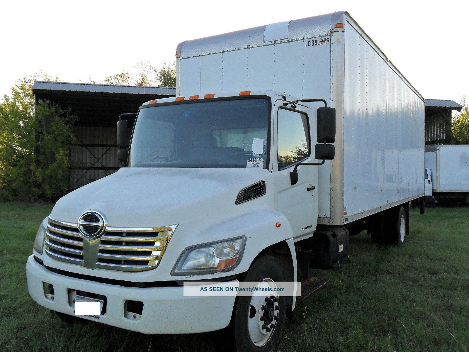 2008 Hino 268 Box Trucks / Cube Vans photo