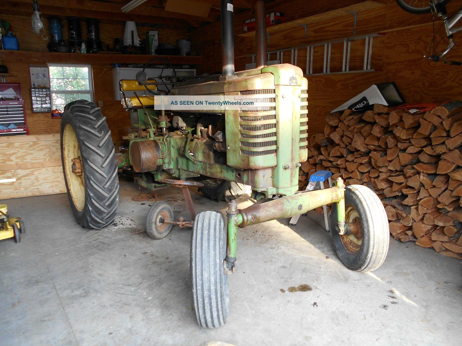 John Deere Tractor Farm Machinery Clocks | Male Models Picture