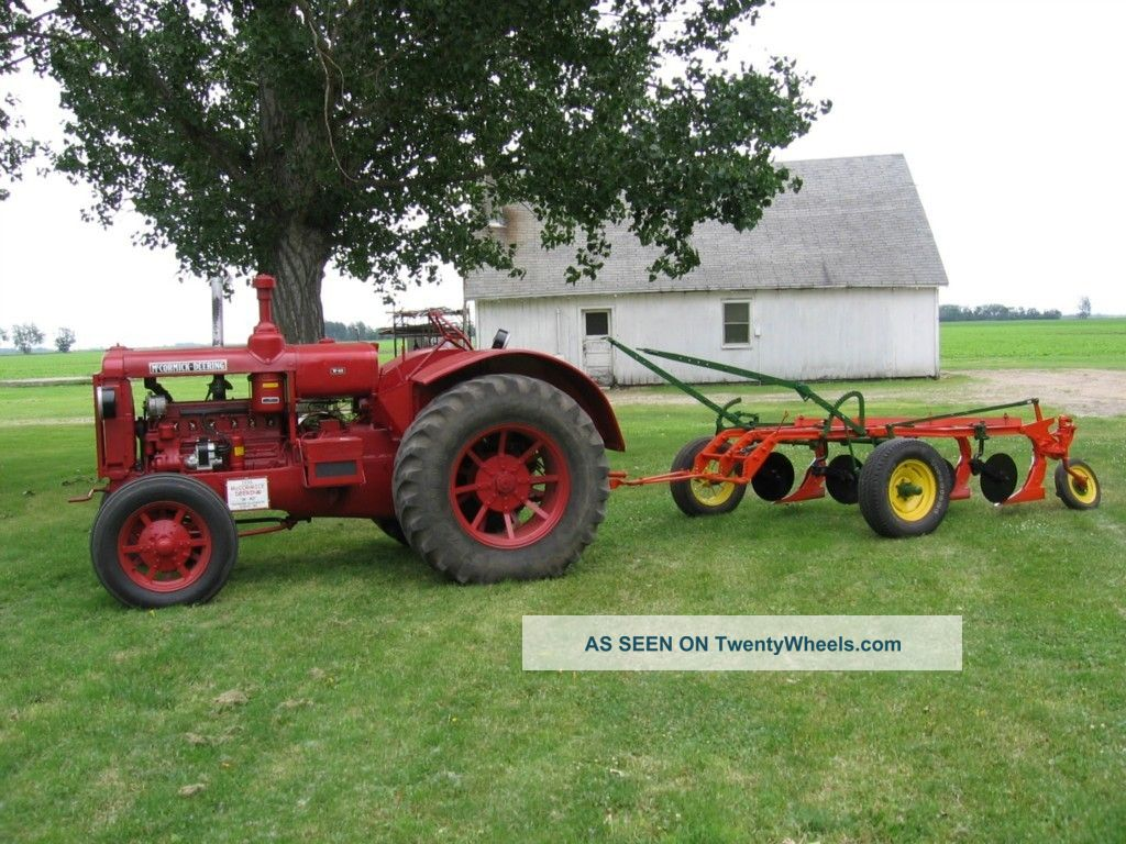 vintage ford tractor with 7978 Mccormick Deering 1936 W   40 Tractor on 7914 in addition Watch further Cooking Up A Storm together with Ford Versatile Tractor 9280 9480 9680 9880 Brochure 11094 P as well County 1004 Super Six.
