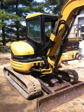 2002 Cat Caterpillar 304cr Mini Excavator Track Hoe Tractor Machine Loader. . photo