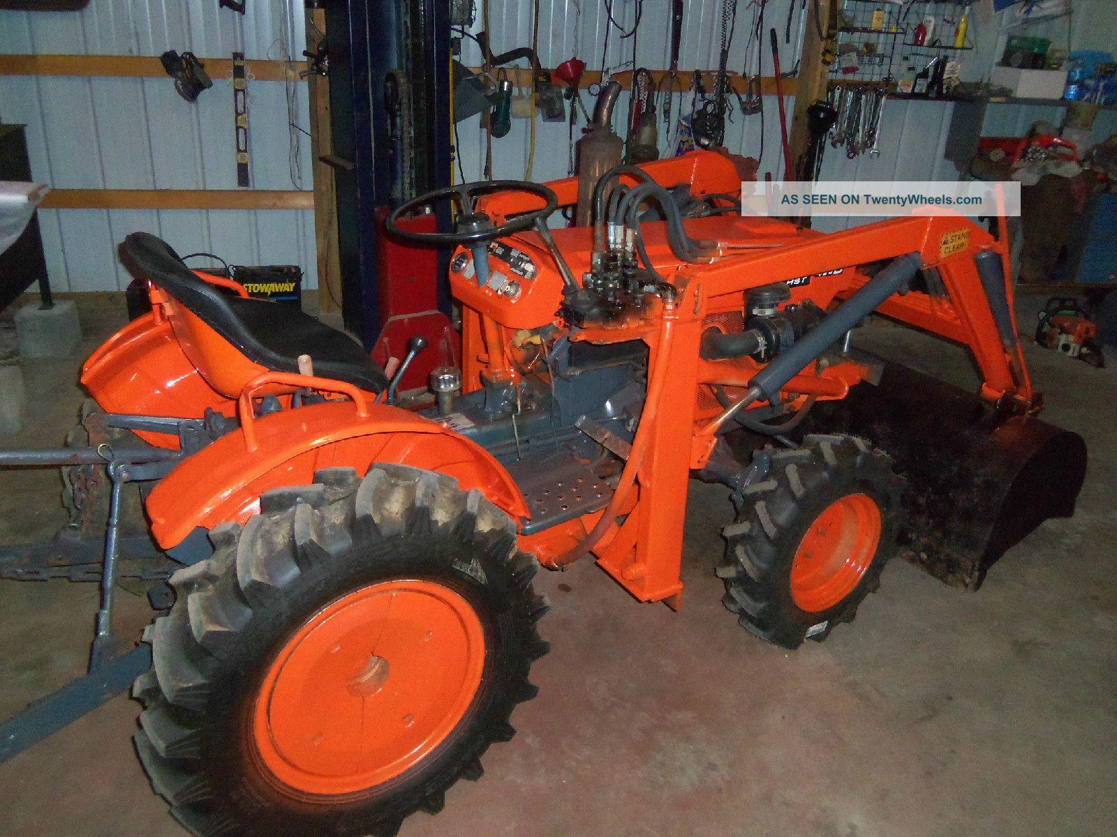 Kubota B7100 Loader : Kubota b wd tractor