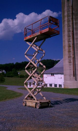 Jlg Scissor Lift Boomlift Boom 2646e2 photo