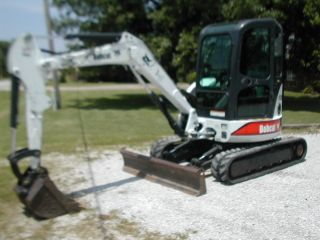 Bobcat 430 Mini Excavator Zero Tail Swing Air Conditioning photo