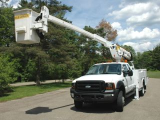 2006 Ford F550 Bucket Tk,  Ext Cab,  4wd,  Diesel photo