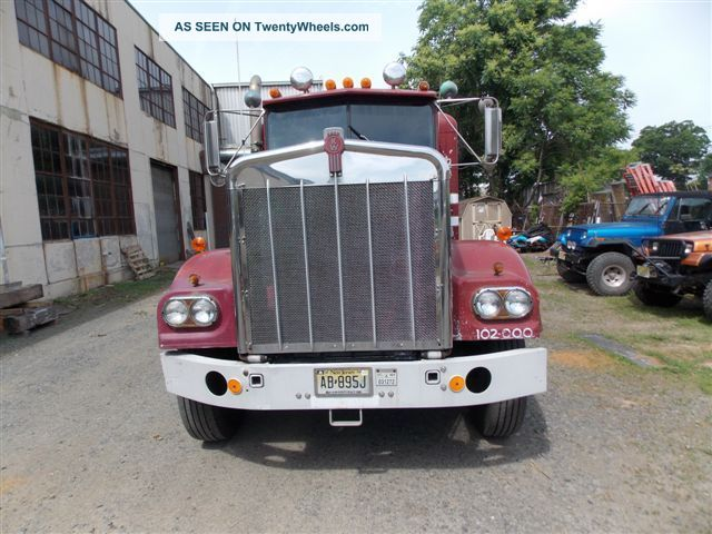 1972 Kenworth W - 925 - 12 Sleeper Semi Trucks photo