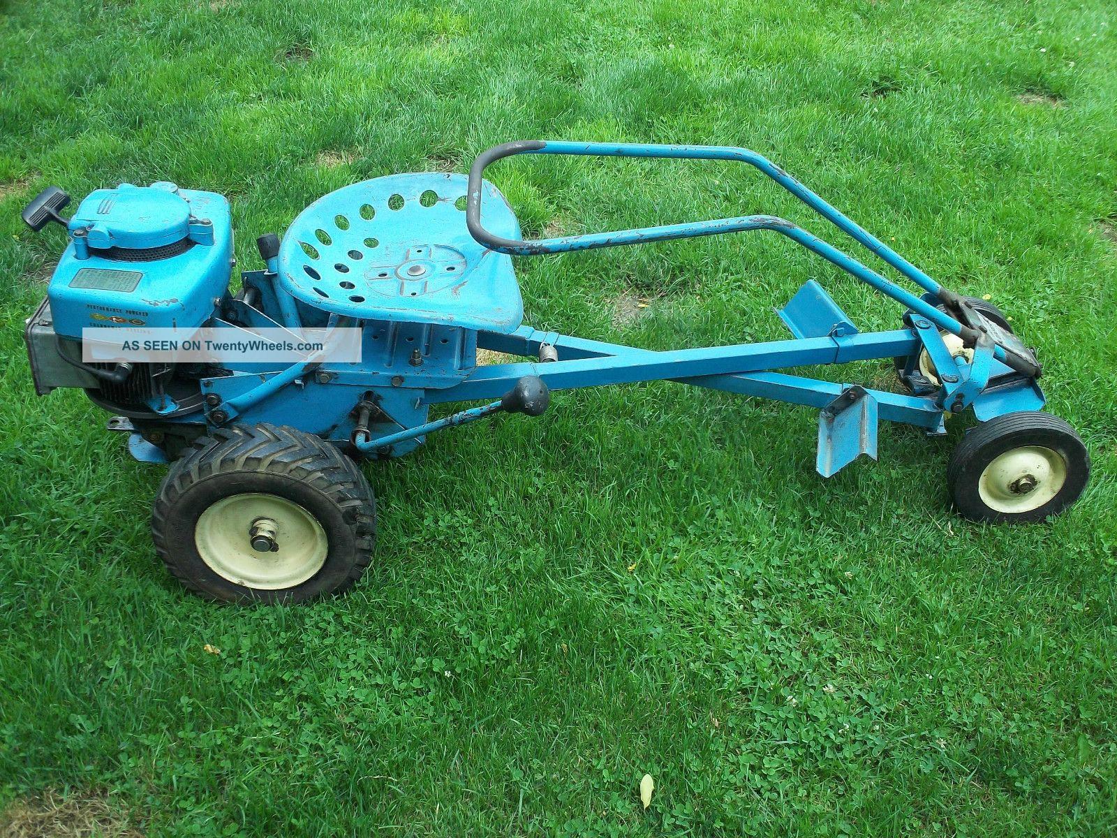 Riding Lawn Mower Tractor : Blue riding lawn mowers creativity pixelmari