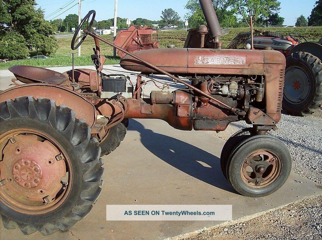 1946 Farmall B Very Good Tractors photo