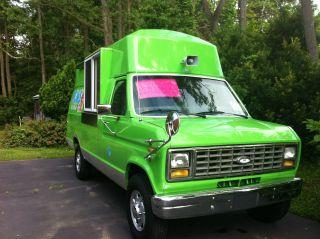 1989 Ford Van photo