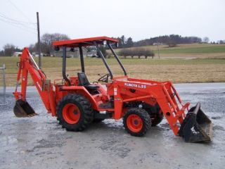 4wd Kubota Backhoe And Loader 4x4 Diesel Garage Kept photo