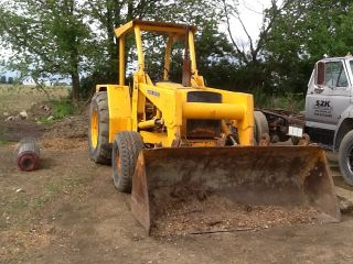 John Deere 510d Loader photo