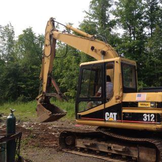 312 Catapillar Excavator photo