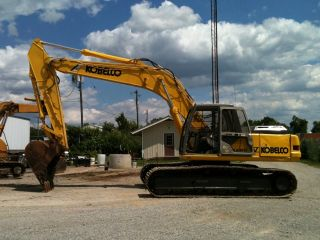2000 Kobelco Excavator W/ Kent 27 Hammer photo