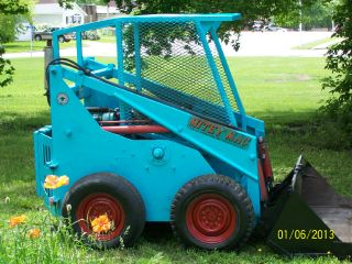 Hydramac Skid Steer Bobcat Loader photo