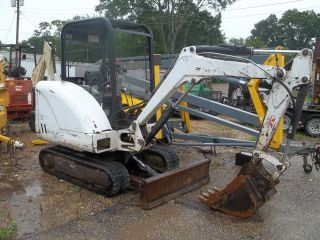 Bobcat 325 Mini / Compact Excavator Heavy Equiptment Trackhoe photo