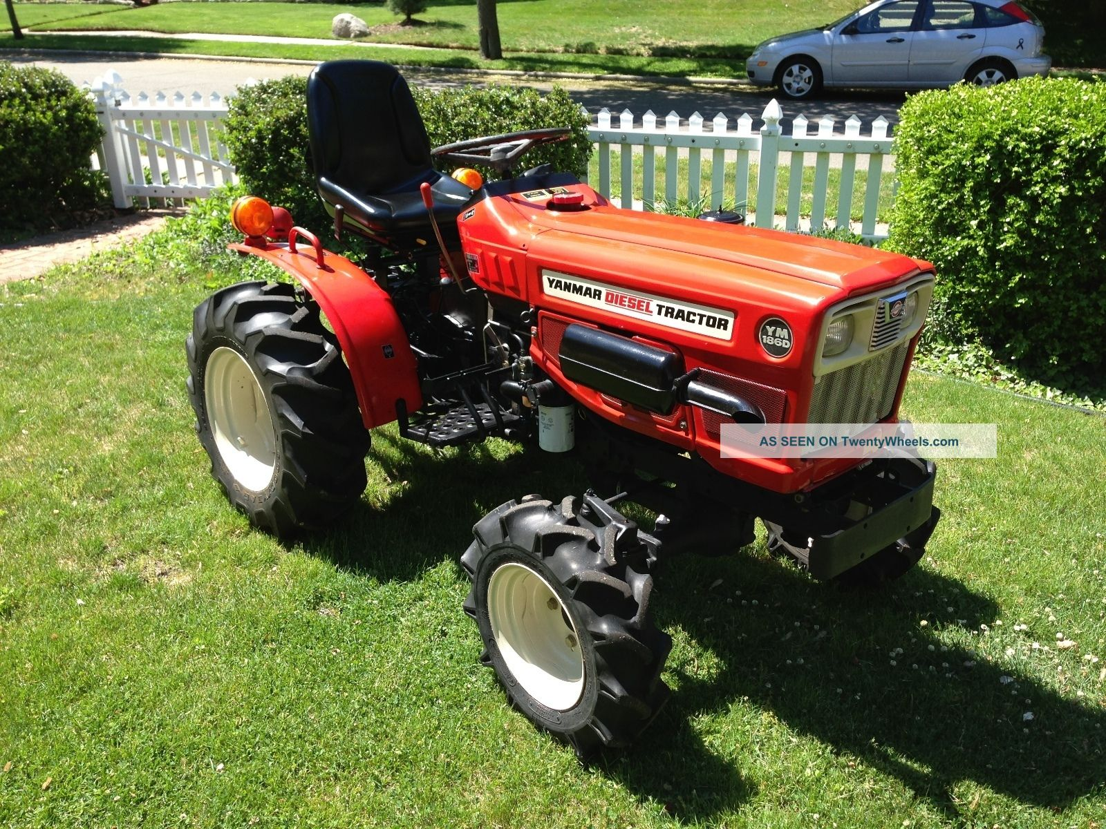 Yanmar Ym186d Fwd Diesel Tractor With Mower, Weights