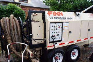 Finn 705 Bark Blower (mulch) photo